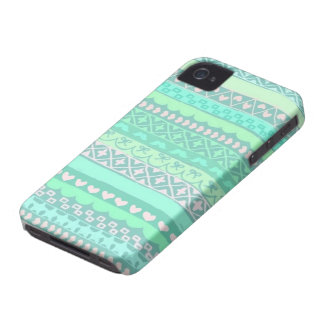 Cute Tribal Themed iPhone 4/4S Case