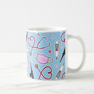 Cute Veterinarian / Veterinary Technician Love Coffee Mug