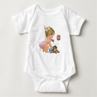 Cute Vintage Child on Telephone (Customisable) T-shirts