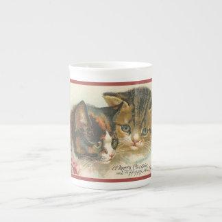 Cute Vintage Christmas Cats Tea Cup