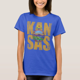 Cute Vintage Distressed Kansas Flag Travel T-Shirt