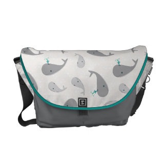 Cute Whale Mom and Baby Pattern Messenger Bag