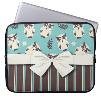 cute white owl pattern and stripes laptop computer sleeves
