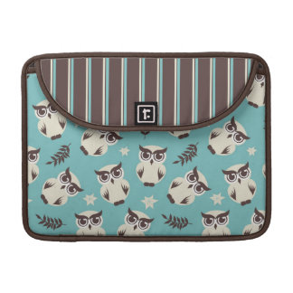 cute white owl pattern and stripes MacBook pro sleeve