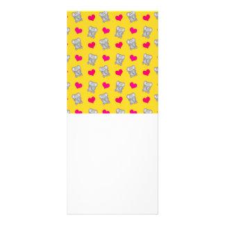 Cute yellow elephant hearts pattern rack card