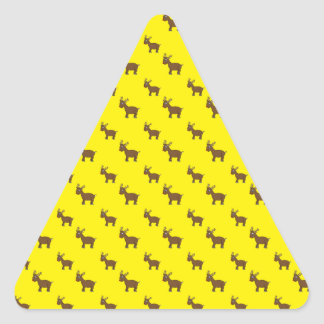 Cute yellow reindeer pattern triangle sticker