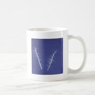 cyanotype de líneas en #3 azul y blanco taza de café