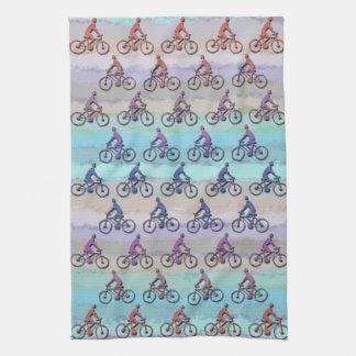 CYCLING PATTERN TOWEL