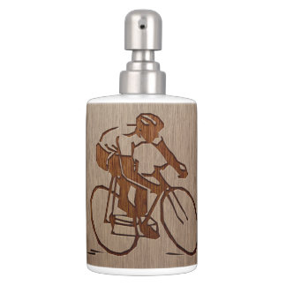 Cyclist silhouette engraved on wood design bath set