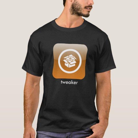 cydia1, tweaker T-Shirt