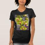 Cymbidiums chartreuses camisetas
