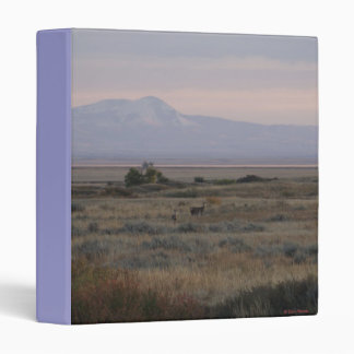 D0010 White-tailed Deer Sweet Grass Hills Binder
