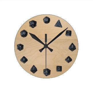 D20 Set Round Clock