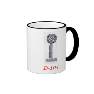 D-104 y taza de café del indicativo