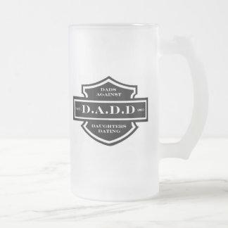 D.A.D.D. Papás contra fechar de las hijas Taza Cristal Mate