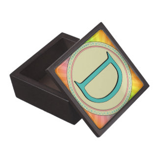 D MONOGRAM PREMIUM KEEPSAKE BOX