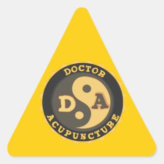 DA DOCTOR OF ACCUPUNCTURE LOGO TRIANGLE STICKER