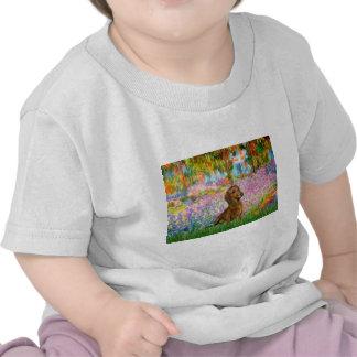 Dachshund (brown1) - jardín camiseta