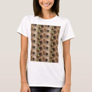 dachshund cream eyes T-Shirt
