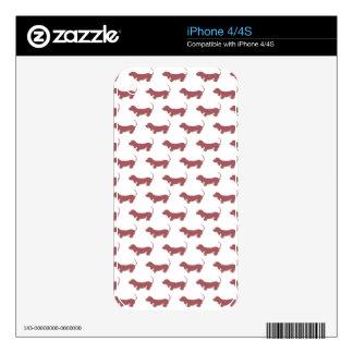 Dachshund Dog Polka Dot Pattern Skins For iPhone 4S