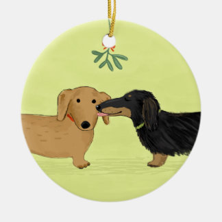 Dachshund Mistletoe Kiss - Wiener Dog Christmas Double-Sided Ceramic Round Christmas Ornament