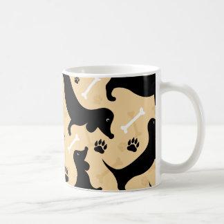 Dachshund negro taza de café