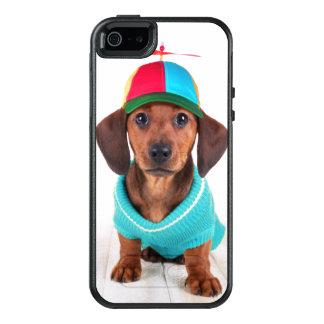 Dachshund Puppy Wearing Propeller Hat OtterBox iPhone 5/5s/SE Case