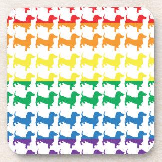 Dachshunds del arco iris del orgullo gay posavasos