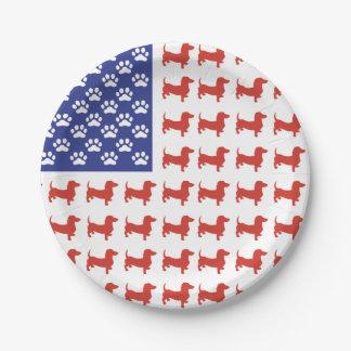 Dachshunds patrióticos plato de papel de 7 pulgadas