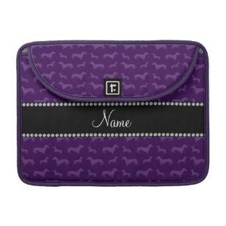 Dachshunds púrpuras conocidos personalizados funda macbook pro