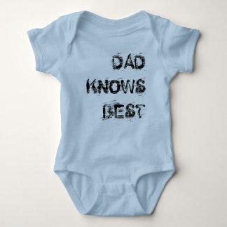 DAD KNOWS BEST TSHIRT
