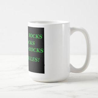 DAD ROCKS MOM RULES! CLASSIC WHITE COFFEE MUG