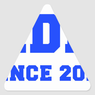 daddy-since-2013-fresh-blue.png triangle sticker