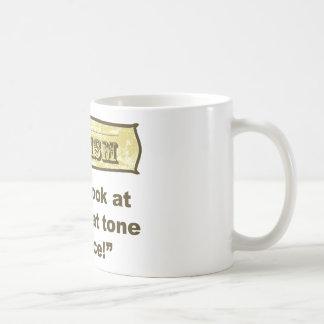 ¡Dadism - no me mire en ese tono de la voz! Taza De Café