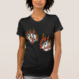 Dados llameantes camiseta