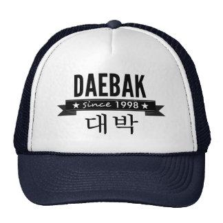 Daebak es coreano para impresionante gorra