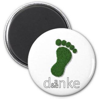 daenke - think (n) and thanks (n) magnet