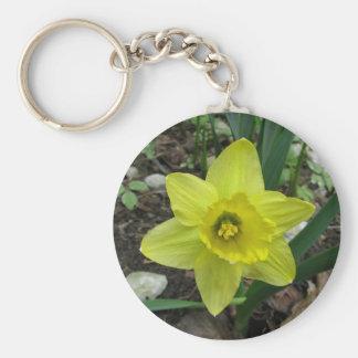 Daffodil 2 basic round button keychain