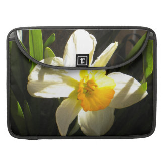 Daffodil at Daybreak Mackbook Sleeeve Sleeve For MacBook Pro