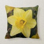 Daffodil Cushion Throw Pillows
