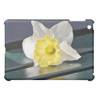 Daffodil on a Park Bench iPad Case