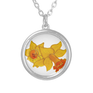 Daffodil Round Pendant Necklace