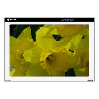 "daffodils field 17"" laptop skins"