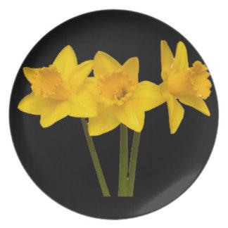 """Daffodils"" Dinner Plates"