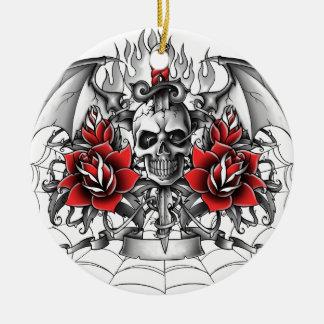 Daga del cráneo n con las alas del diablo adorno navideño redondo de cerámica