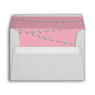 Dainty Pearls Envelope