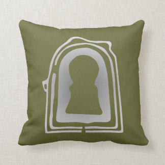 Daisen-Ryo-Kofun Throw Pillow