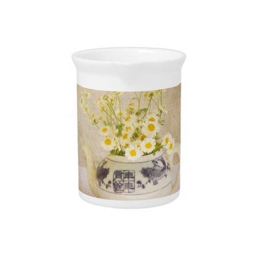 Daisies in a Teapot Drink Pitcher