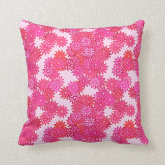 Daisies in shades of pink and fuchsia throw pillow