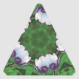 daisies-in-the-morning triangle sticker